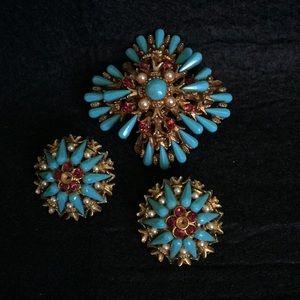 Vintage HAR Gold Starburst Brooch Earring Set